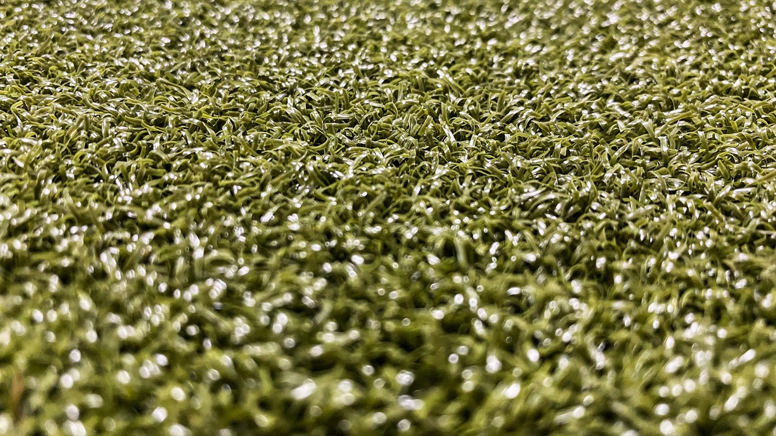 Putt Nylon Side | Artificial Grass | Eco-Friendly Turf Flooring | The Inside Track